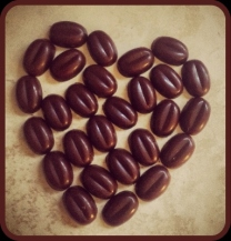 ayni-paleo-chocolate-beans-heart